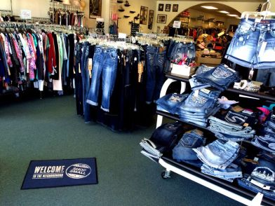 Deb's Fashions in Clinton, Arkansas - Grace in LA and Silver Brand Jeans, Plus to Petite Apparel